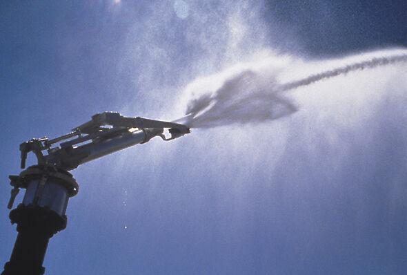The original Big Gun is a powerful sprinkler with lasting efficiency.