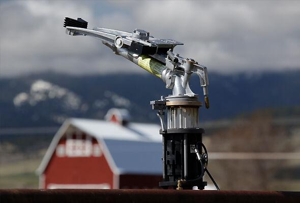 Nelson Big Gun and solid set control valve on an Idaho farm